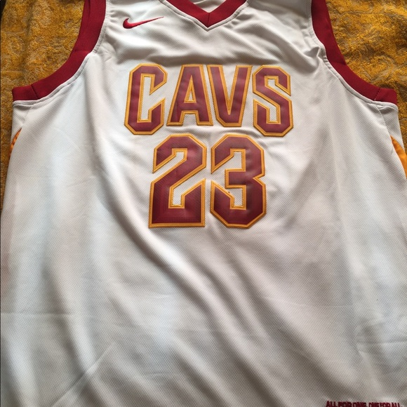 competitive price 62958 a96b1 LEBRON JAMES CAVS NIKE SWINGMAN JERSEY NWT
